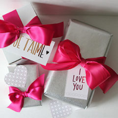Printable Foiled Valentine's Day Gift Tags | For the Glitz