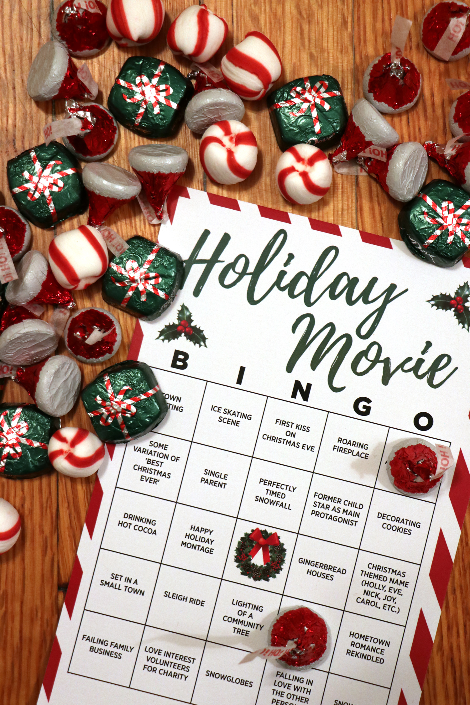 Holiday Movie Party Idea + Printable Bingo Card | For The Glitz